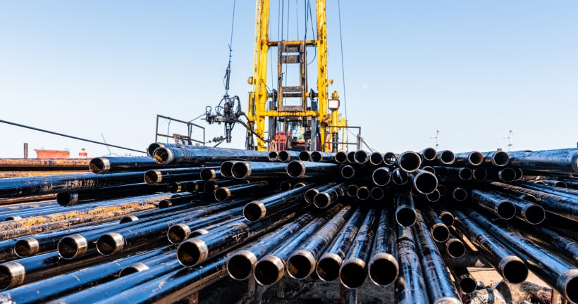 Solution tocut CAPEX by30% inslim wells drilling andinstall theESP without well-kill operation
